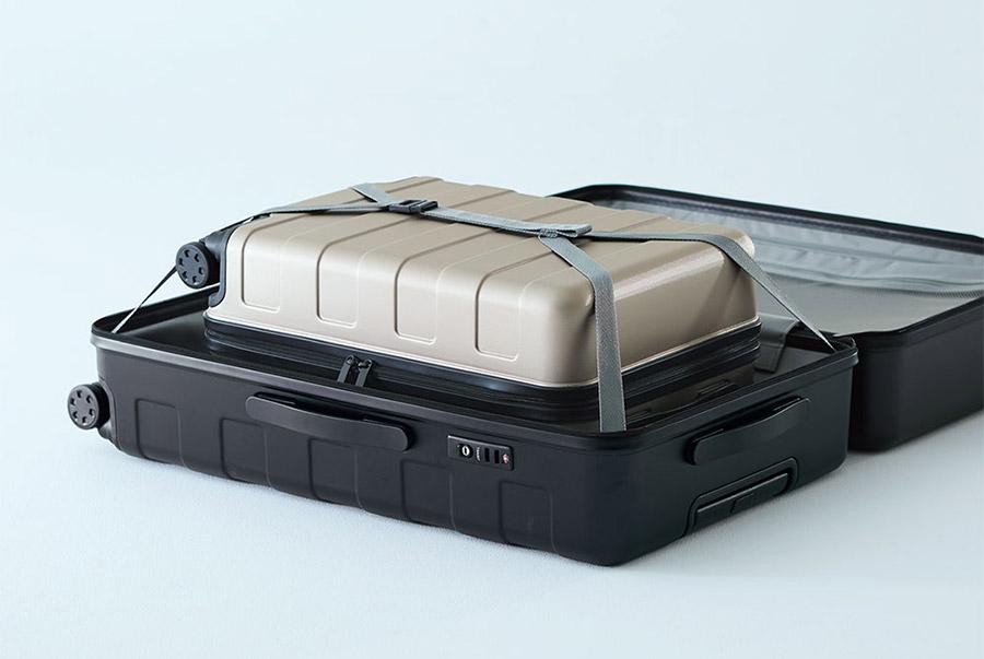 Muji Luggage Rolling Suitcase storage